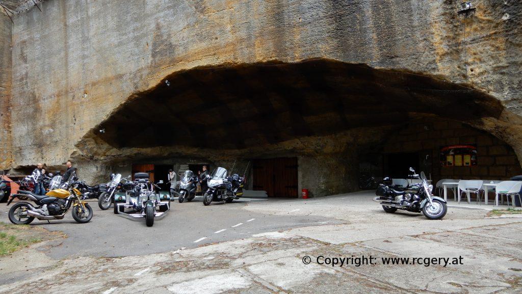 Bikerhöhle Pekelne-Doly